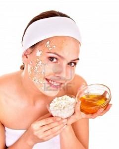 9899340-natural-maison-organiques-masques-faciaux-du-miel-isole